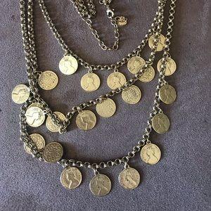 Stella & Dot Necklace Gold